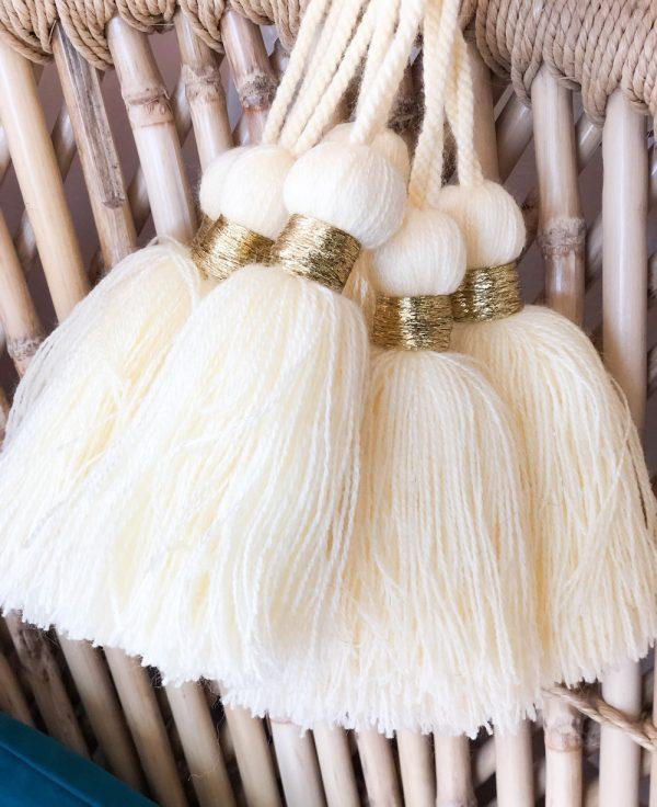 pompons en laine